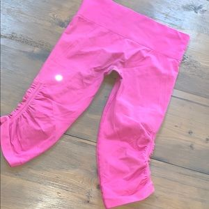 Lululemon athletica pink seamless capris